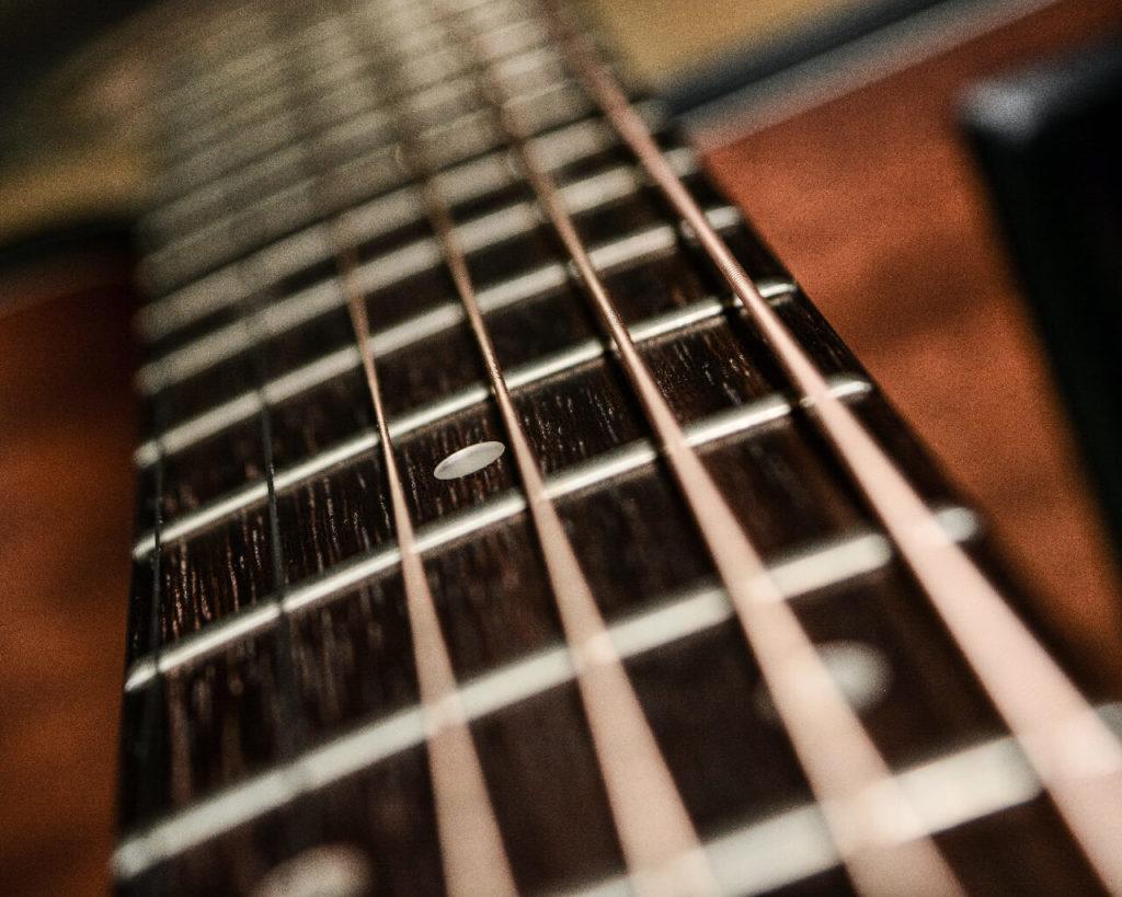 cuerdas-de-guitarra-acústica