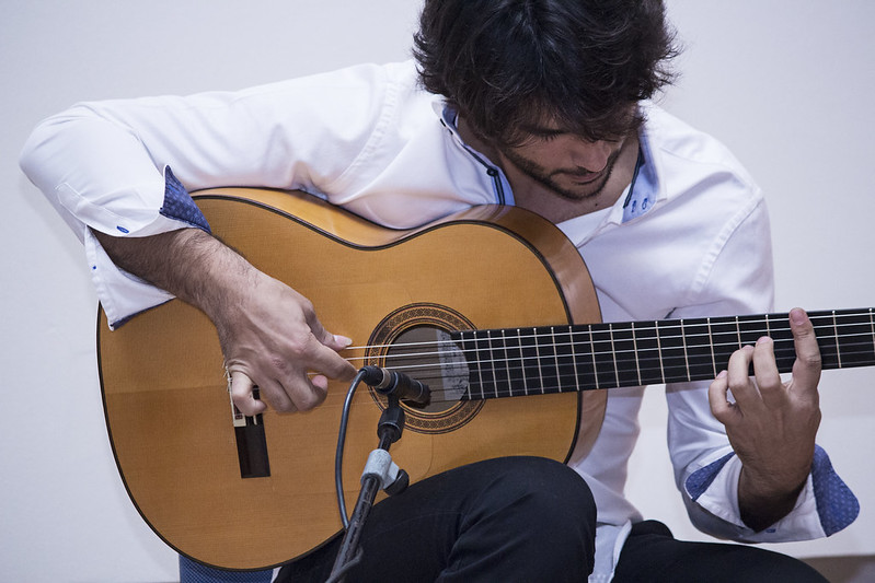 mejor-guitarra-flamenca
