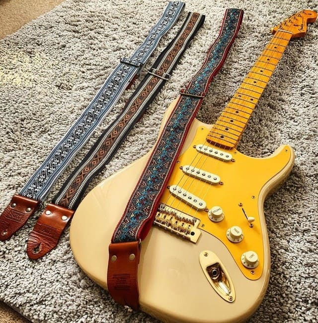 correa-de-guitarra