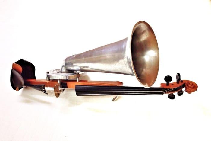 Violin-Stroh