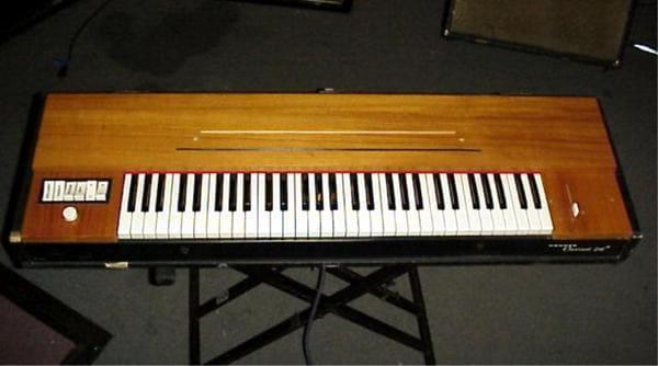 Tipo-de-instrumento-musical-electronico-Clavinet