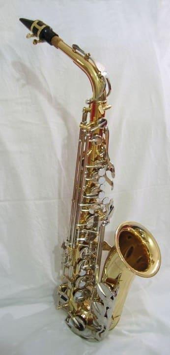 Tipos-de-instrumentos-de-viento-Saxofon