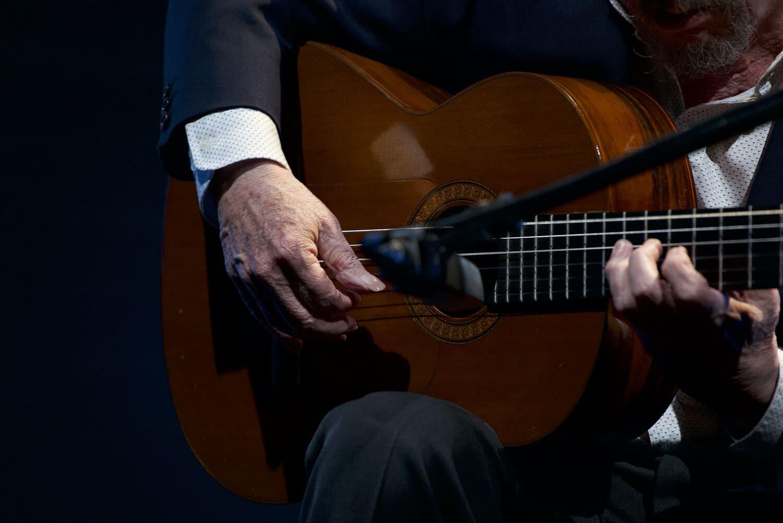 mejores-guitarristas-espanoles