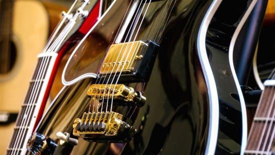 Como-funcionan-los-instrumentos-musicales-de-cuerda