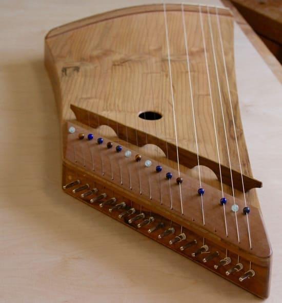 Tipos-de-instrumentos-de-cuerda-Citaras