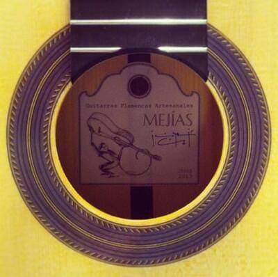 Guitarreria-Mejias-tienda-de-instrumentos-jerez