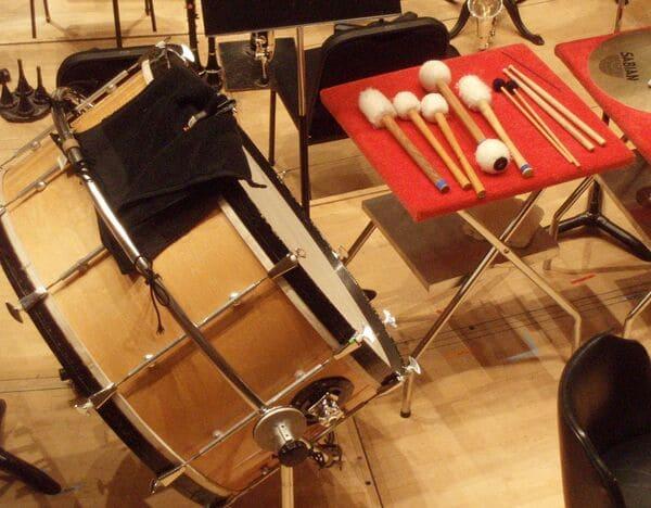 Bombo-Instrumentos-membranofonos
