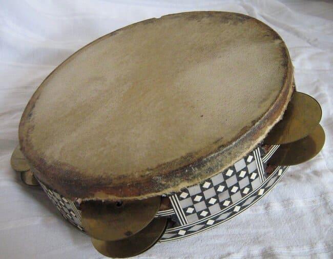 Riq-instrumentos-musicales-arabes