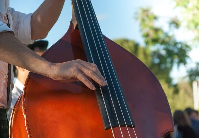contrabajo-instrumento-jazz